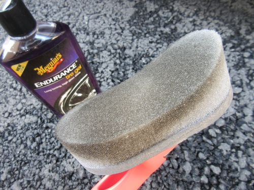 wako-tire-wax-sponge (2)